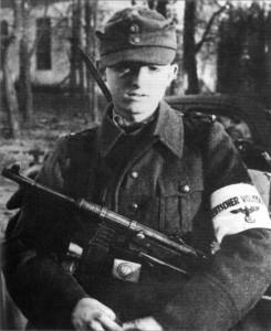 Фолькштурмист. Берлин, апрель 1945 г.