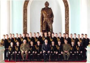 24 февраля 2006 г. Президент Республики Беларусь А. Г. Лукашенко в гостях у суворовцев. На фото также министр обороны Республики Беларусь генерал-полковник Л. С. Мальцев и начальник училища полковник Н. В. Скобелев